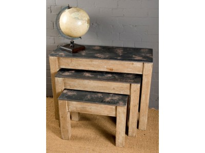 living/coffee-tables/set-of-3-wooden-pallet-tables-