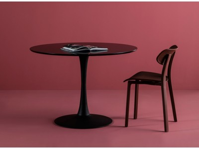 dining/dining-tables/oda-black-table